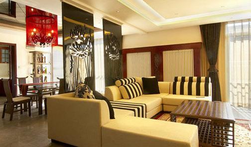 纯色沙发给家居增添小清新