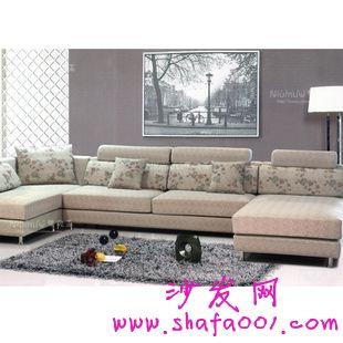 如何在搭配技巧上下工夫发挥布艺沙发的装饰作用呢