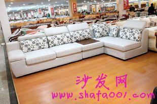 布艺沙发崇尚自然追求个性的首要之选