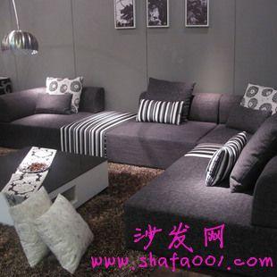 选择时尚舒适的布艺沙发 为居室注入生机与活力