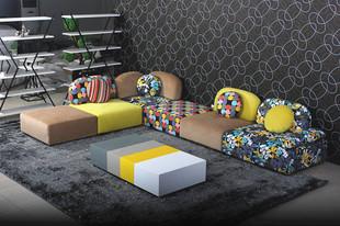 客厅现代简约彩色布艺沙发组合好推荐沙发网告诉你
