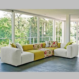 彩色布艺沙发造型选择要注意 舒适实用最重要