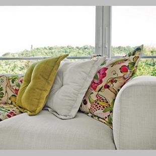 彩色布艺沙发挑选方法方式要注意