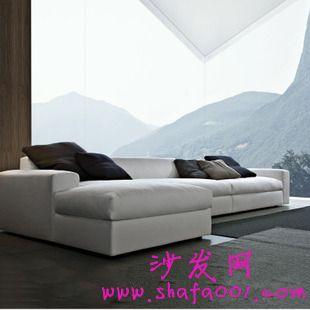 白色布艺沙发卫生情况不能忽略 布艺沙发的清洗操作分析