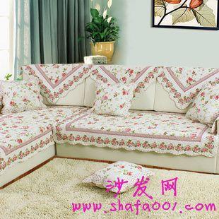 怎么定做布艺沙发套 给你不同的家居装潢风格