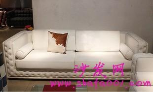 白色布艺沙发让你的家回复纯洁的年代