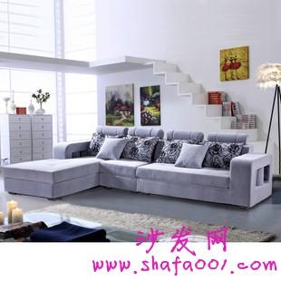 盘点布艺沙发的选购和搭配技巧 一起享受沙发各我们的舒适生活
