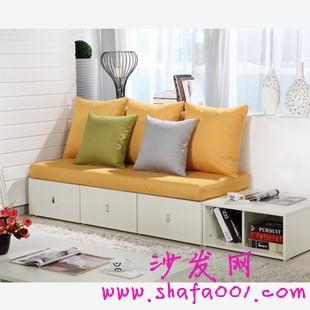 家庭布艺沙发的各种搭配为居室带来不一样的效果