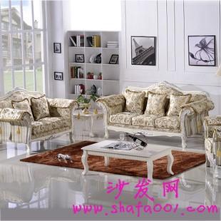 现代家庭布艺沙发的布置技巧让家庭充满温馨感
