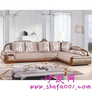 布艺沙发向简约大方化发展 选购沙发要注意