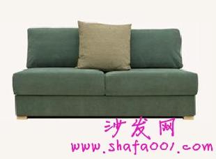 选购一款甜蜜布艺沙发 为三口之家打造温馨家居
