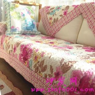 掌握沙发搭配技巧 让家居生活充满艺术