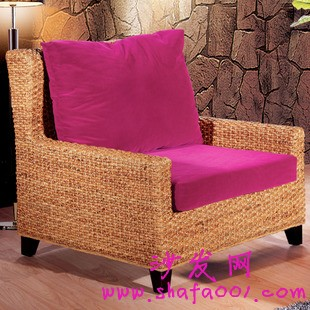 休闲单人沙发百变搭配 缔造我们的个人温馨小空间