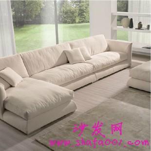 选购符合人体工程学的布艺沙发 对你身体健康更有保障
