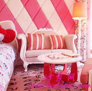 客厅主题单人沙发加茶几 这样的搭配让人意想不到