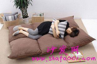 懒人沙发支撑感问题要注意 塌陷坠落伤腰骨