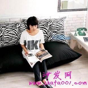 小户型家居来客人了怎么办 购买懒人沙发床