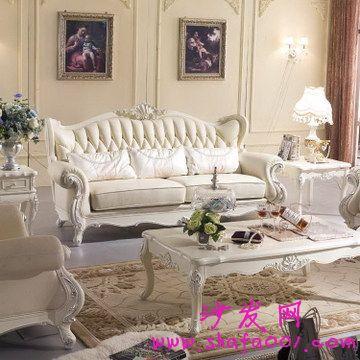 面对各式各样的沙发我们该如何选择呢