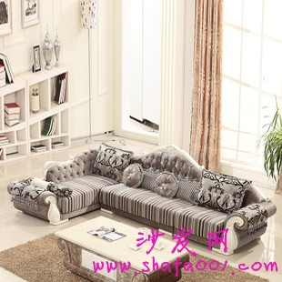 欧式沙发的挑选要注意人群需要