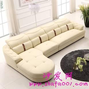真皮沙发巧选妙搭配 打造豪华时尚的生活