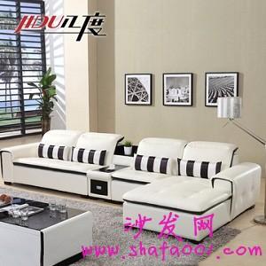 白色真皮沙发 纯洁的白色给人以自然的感觉还有顺滑的真皮